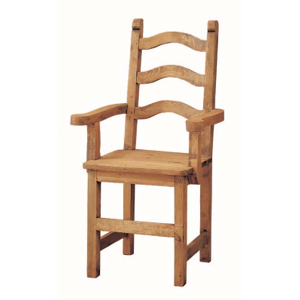 silla de madera con brazos