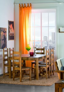 mesa y sillas de madera para comedor